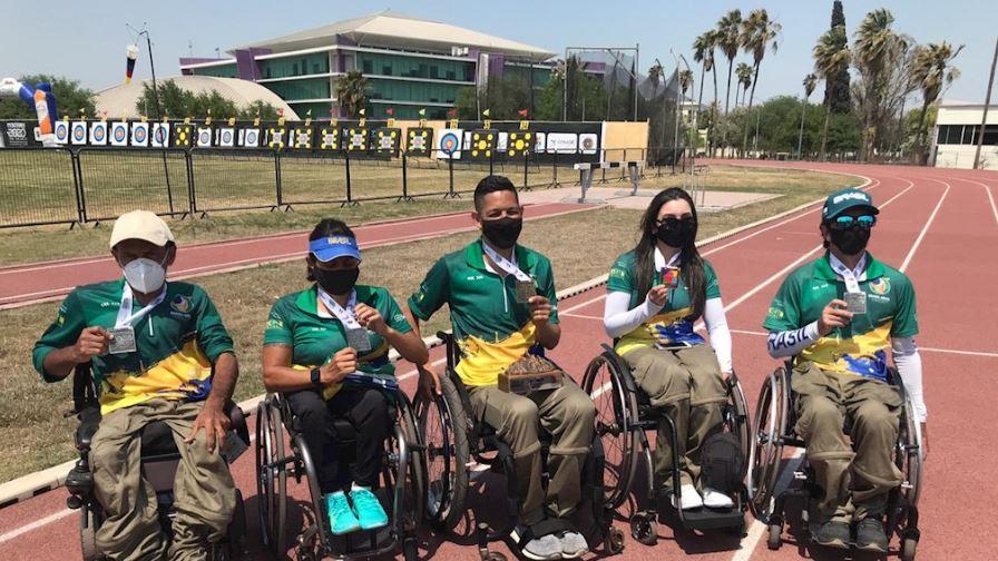 Brasil conquista cinco medalhas e duas vagas para os Jogos de Tóquio no tiro com arco