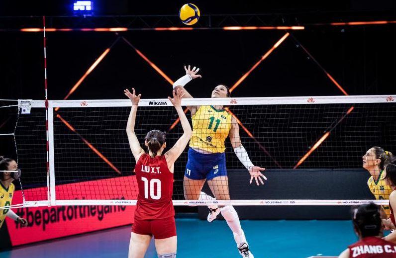 Seleção feminina perde para a China no tie-break