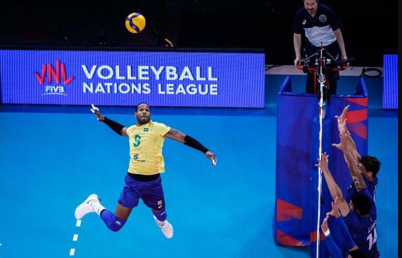 Brasil vence França e está na decisão