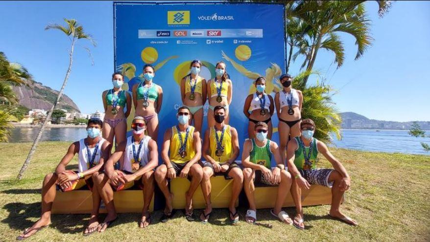 Pernambuco e Rio de Janeiro ficam com títulos da temporada de Vôlei de Praia
