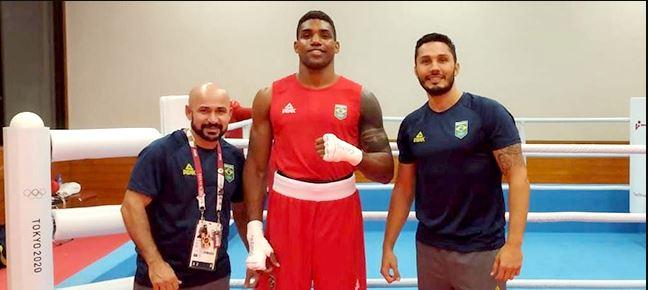 Abner Teixeira vence Cheavon Clarke, da Grã-Bretanha na sua estreia nos Jogos Olímpicos de Tóquio