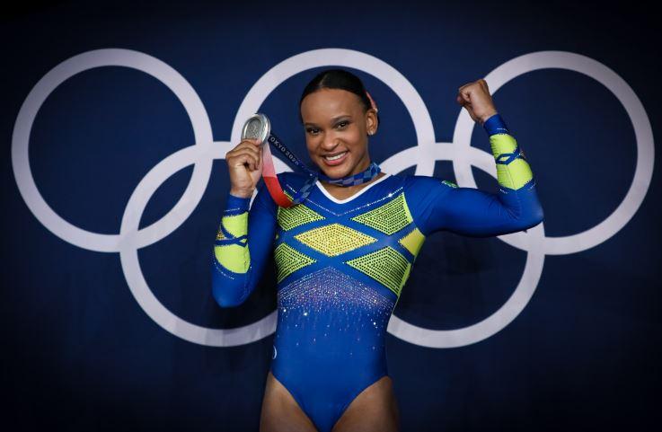 Rebeca Andrade Conquista a Medalha de Prata inédita para o Brasil nos Jogos Olímpicos de Tóquio