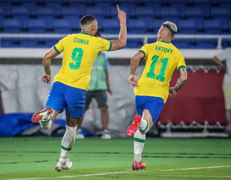 É OURO!!! É OURO!!! É OURO!!! Seleção Brasileira de Futebol conquista o Bicampeonato nos Jogos Olímpicos de Tóquio